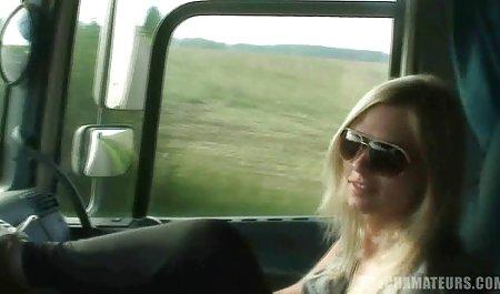 아름다운 체코 포르노를 통해 벽 처진 가슴